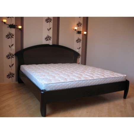 Деревянная кровать «Чайка-овал с резьбой»